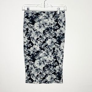 *BOGO* Forever 21 Black And White Floral Skirt
